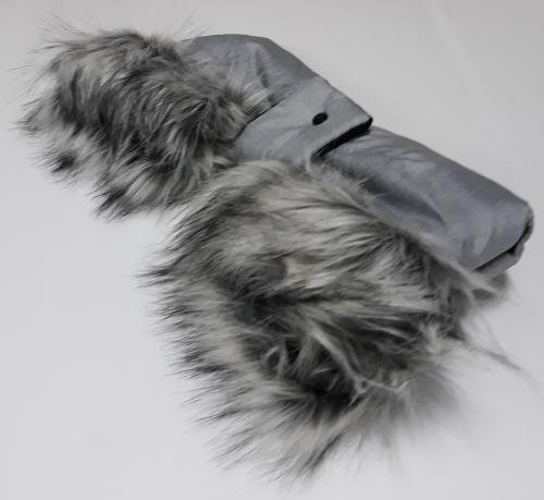 Szőrmével ellátott babakocsi kézmelegítő light grey